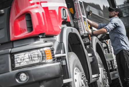 long haul truck driver rest